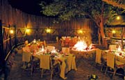 Boma-Dinner in der Motswari Lodge